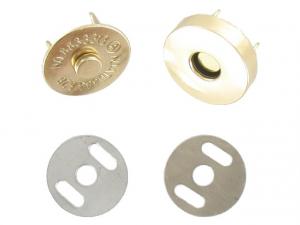 Bouton magnétique doré