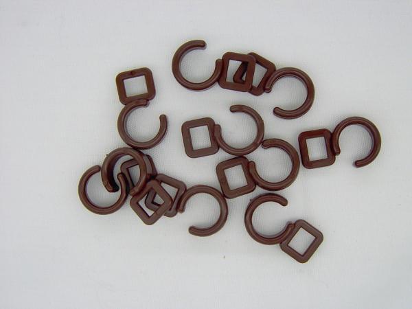 Crochet rideaux marron